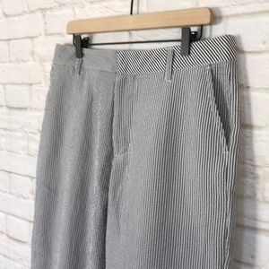 Urban Outfitters Black/White Stripped Cropped Pant